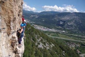 Widokowa, sportowa Via ferrata Monte Albano - Obóz wspinaczkowy w Arco