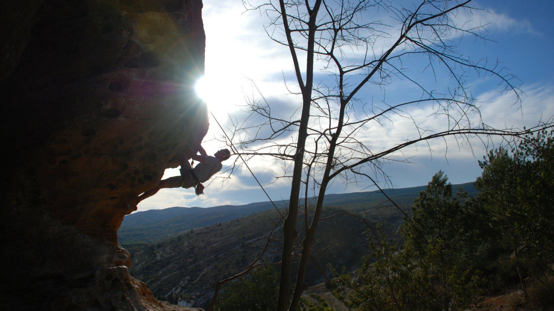 Obóz wspinaczkowy w Hiszpanii wspinanie w rejonie Montesa