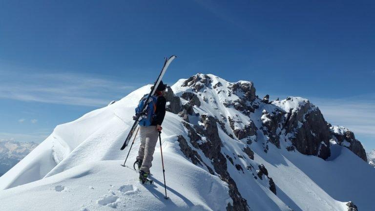 Szkolenie skitury - podejście do zjazdu