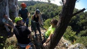 Kurs wspinaczki pod Krakowem, Dolina Kobylańska - kursanci na szczycie Pieninek