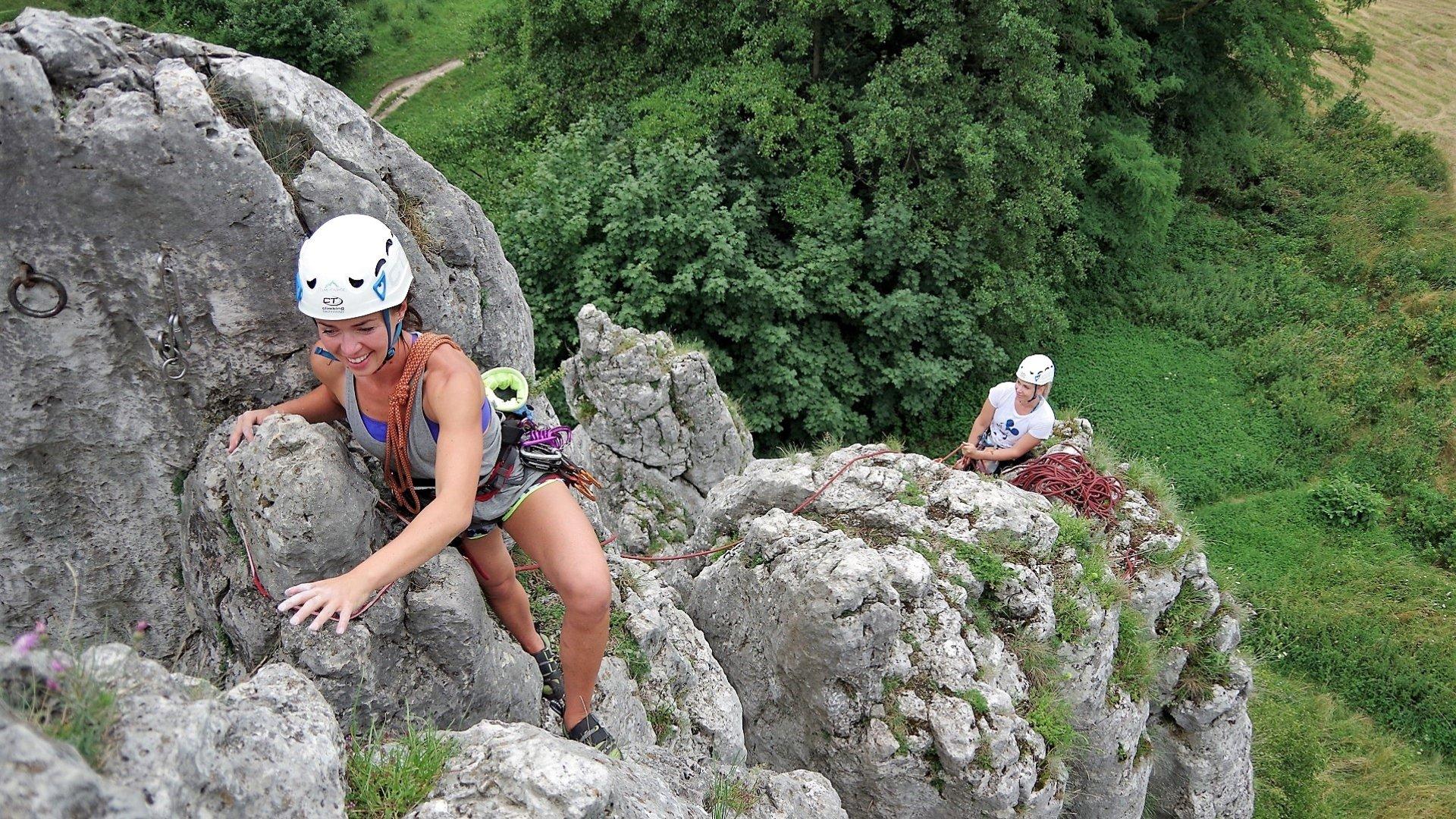 Podstawowy kurs wspinaczki skalnej - nauka wspinania w zespole w Dolinie Bolechowickiej