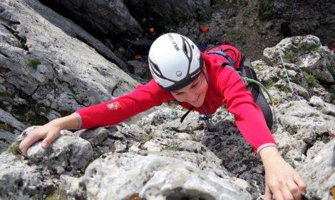 Kurs skałkowy - nauka przewiązywania się w stanowisku