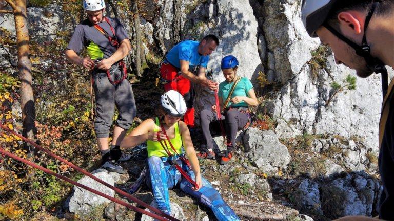 Zajęcia podczas kursu wspinaczki skalnej
