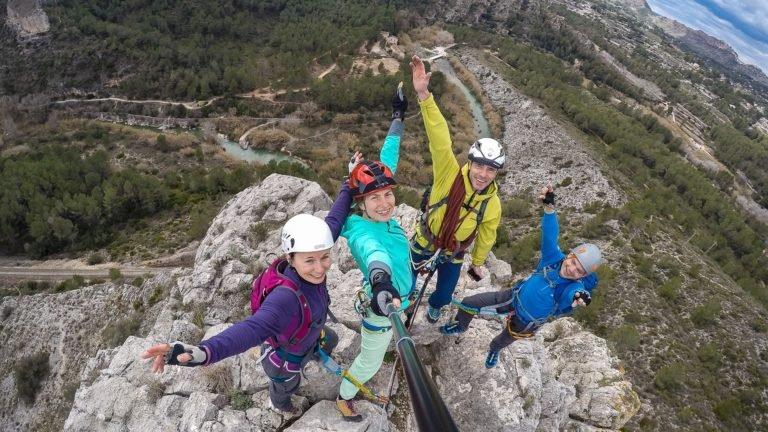 obóz wspinaczkowy w Hiszpanii to niesamowite przeżycia