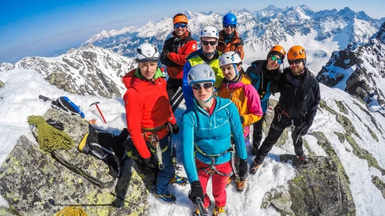 Climbingacademy-zimowy-kurs-turystyki-wysokogórskiej